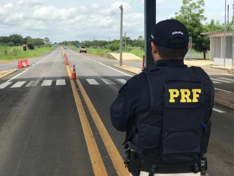 PRF-PI autua condutor por porte de droga para consumo em Valença do Piauí