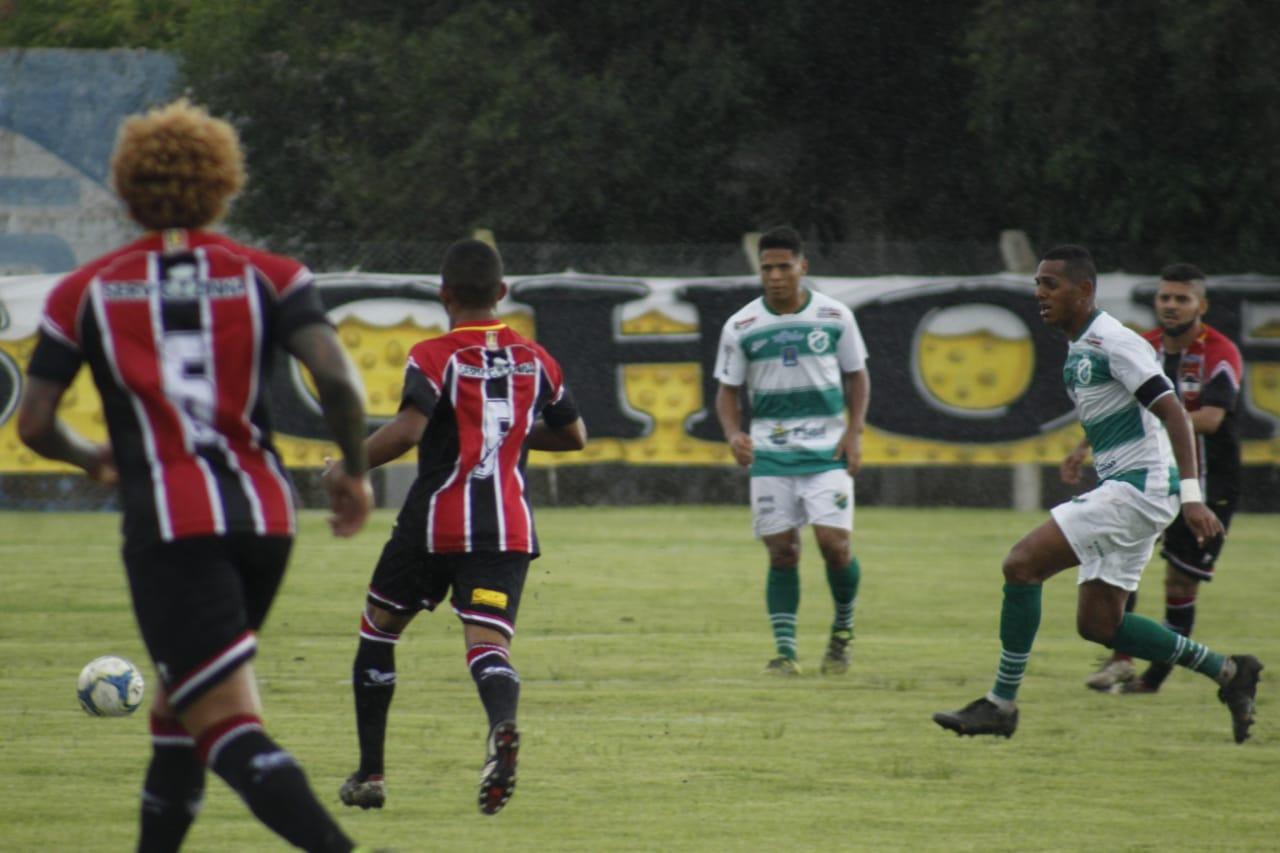 Altos apresenta três reforços e retoma treinos com foco na Série D