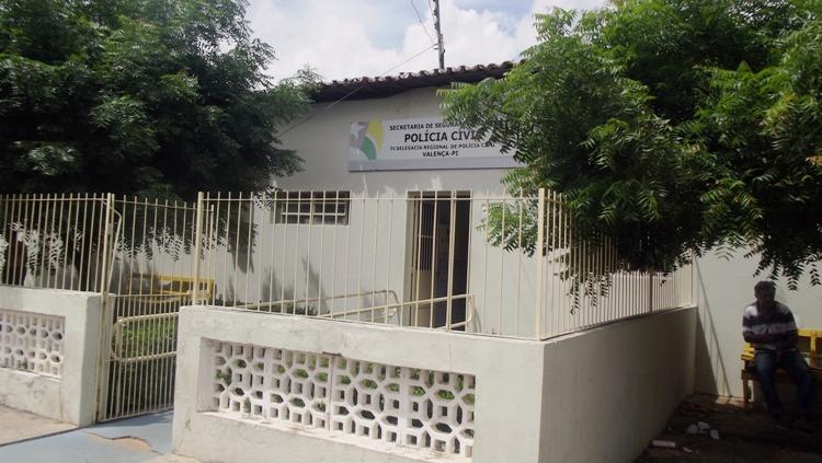 Suspeito que tentou estuprar mulher na frente de criança é preso na cidade de Valença do Piauí