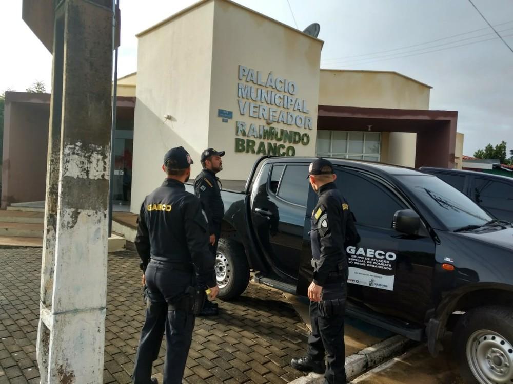 Prefeitos e empresários são alvos de operação que investiga fraude em licitações de obras no Piauí