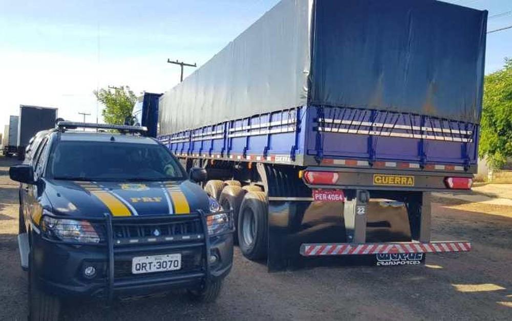 PRF apreende madeira ilegal apresentada com documentação falsa no Piauí