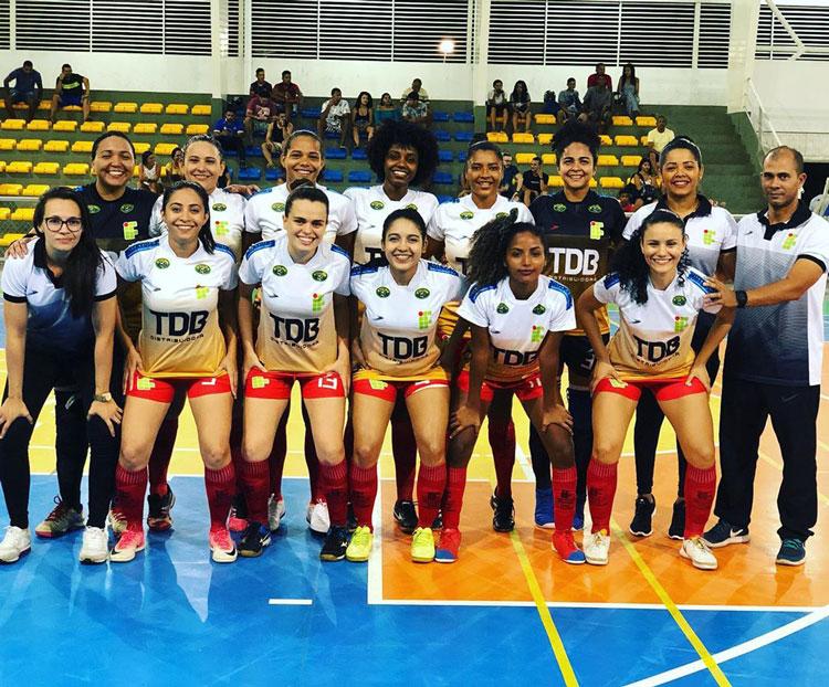 Futsal feminino do IFPI faz vaquinha para disputar a Taça Brasil