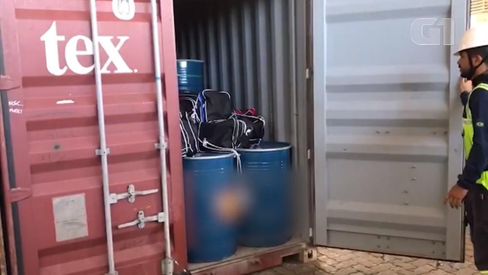 Diretor diz que carga de mel foi lacrada corretamente e que foi violada dentro porto com 330 kg de cocaína