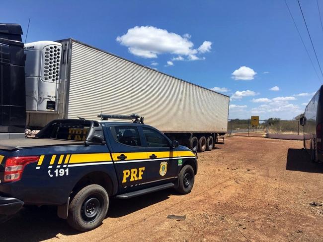 PRF apreende veículo de carga clonado na BR-316 em Valença