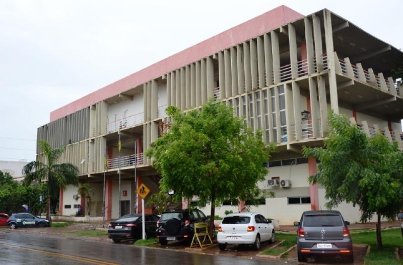 Prefeitura de Picos lança processo seletivo com 16 vagas; veja o edital