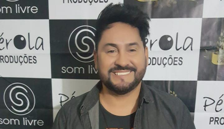 Cantor poderá disputar cargo de vice-prefeito em Monsenhor Hipólito
