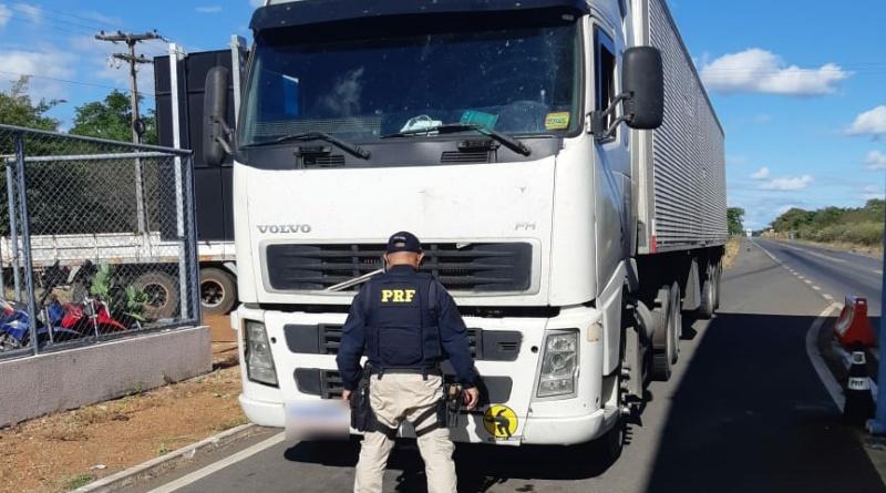 Valença: Suspeito de sequestro e roubo de carga é preso com carreta roubada; caminhoneiro está desaparecido