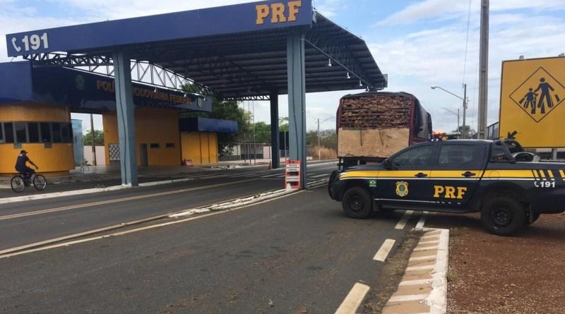 PRF prende dois homens após perseguição na BR 316 em Inhuma