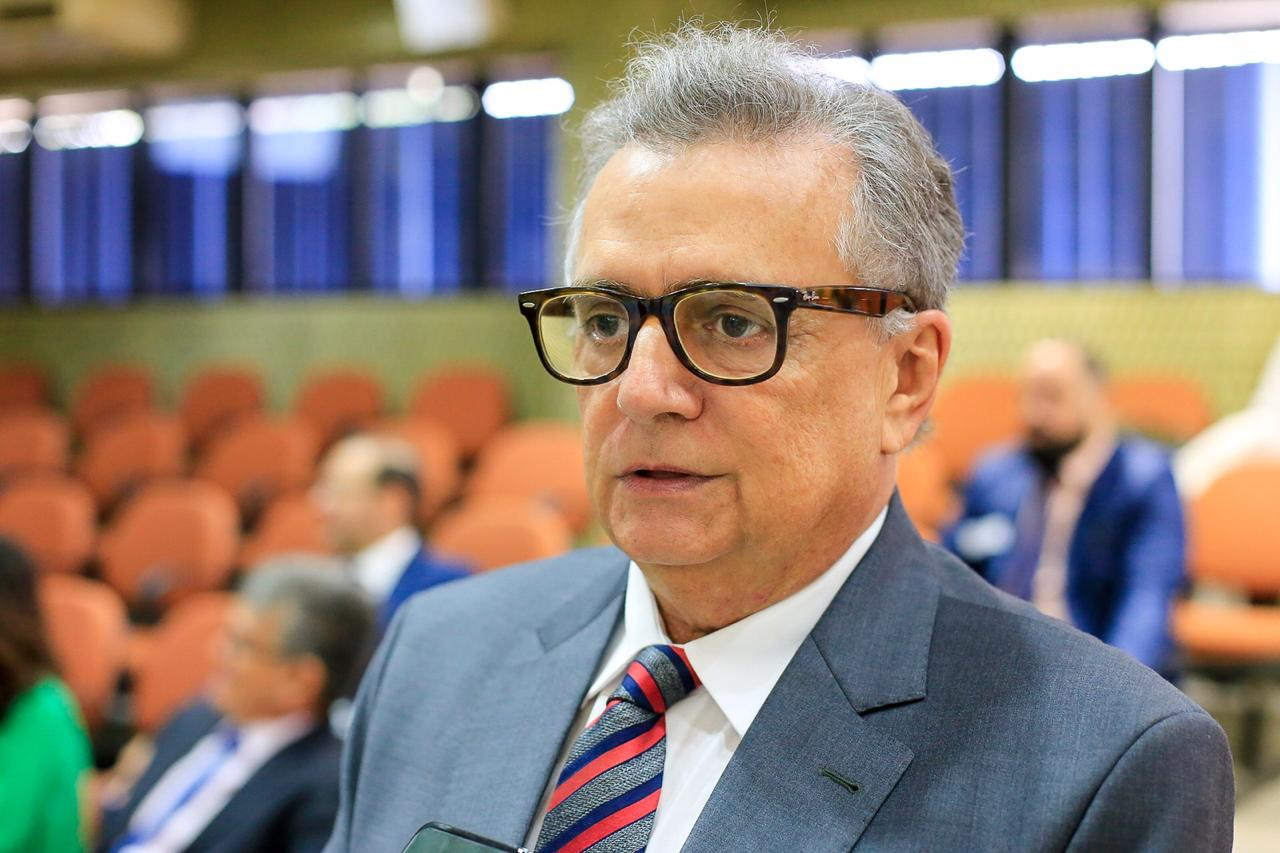 Flávio Nogueira destaca morte de  valenciano Elói Portella na Câmara
