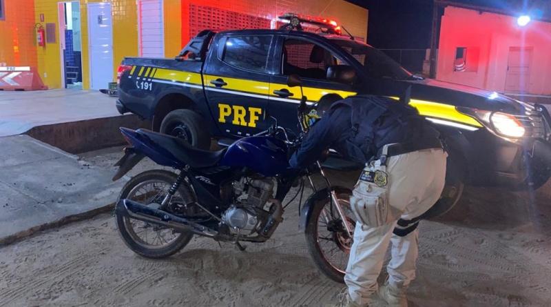 Homem é preso com motocicleta adulterada em Valença do Piauí