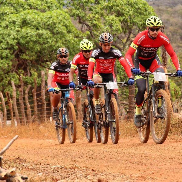 Ciclismo: adiada pela pandemia, Picos Pro Race anuncia disputa em dezembro