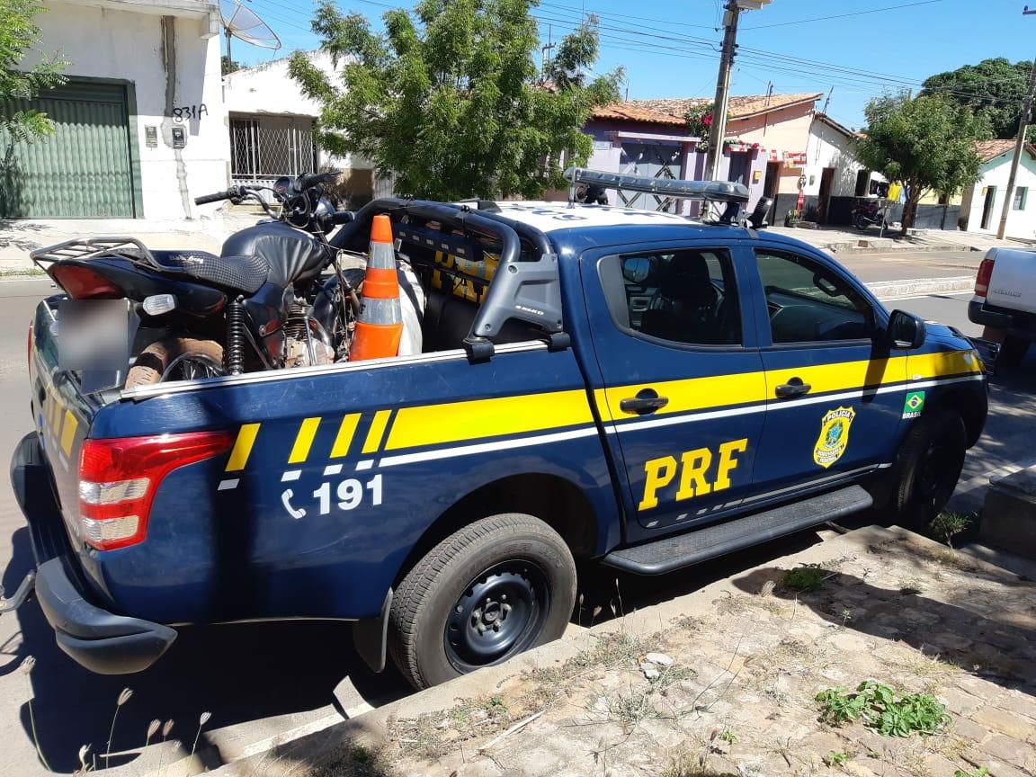 PRF prende homem em Ipiranga por receptação e apreende motocicleta na BR-316