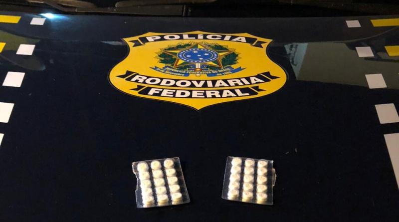 PRF-PI flagra motoristas de caminhão com droga rebite na BR 316