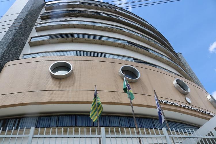 TRE reforma sentença e mantém no cargo o prefeito e vice em cidade da região de Valença (PI)