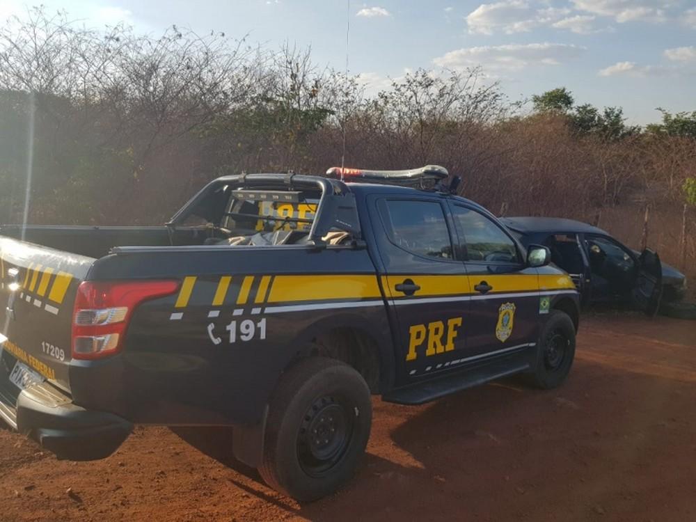 Sem CNH e embriagado, motorista é preso após fugir da polícia e colidir com veículos no PI