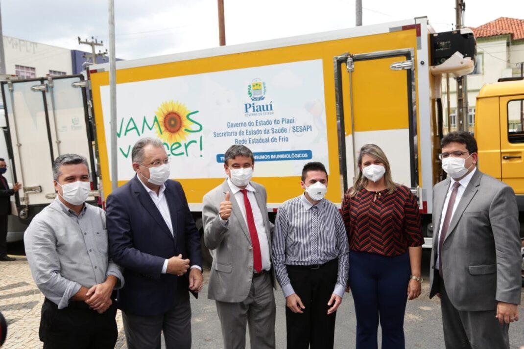 Piauí inicia distribuição de insumos para vacinação contra a Covid em Francinópolis e mais 4 municípios