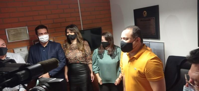 """Evaldo confirma Marina no SDD e tem candidaturas """"surpresa"""" na manga"""
