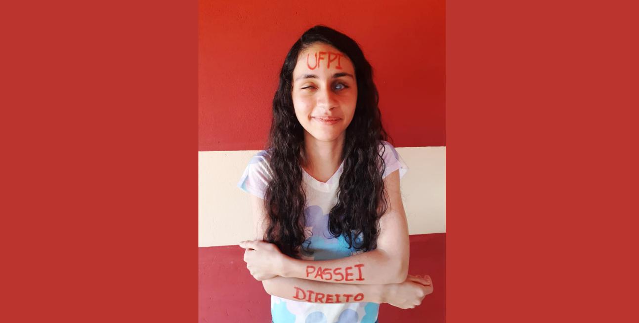 Pimenteiras: Aluna com deficiência visual é aprovada para Direito da UFPI