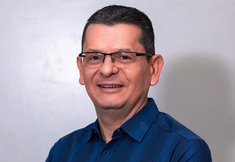 Prefeito Afonso Sobreira contrata 4 empresas por R$ 456 mil sem licitação