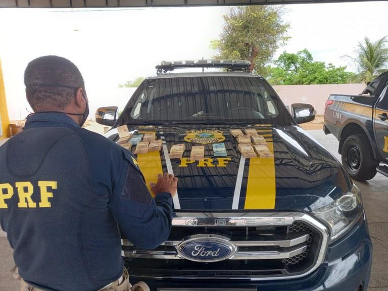Diretor da ADH é preso pela PRF com R$ 74 mil em espécie em Inhuma